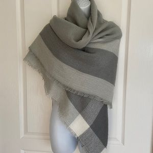 Soft wrap lovely soft greys